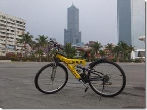 高雄市観光スポットを自転車で巡る