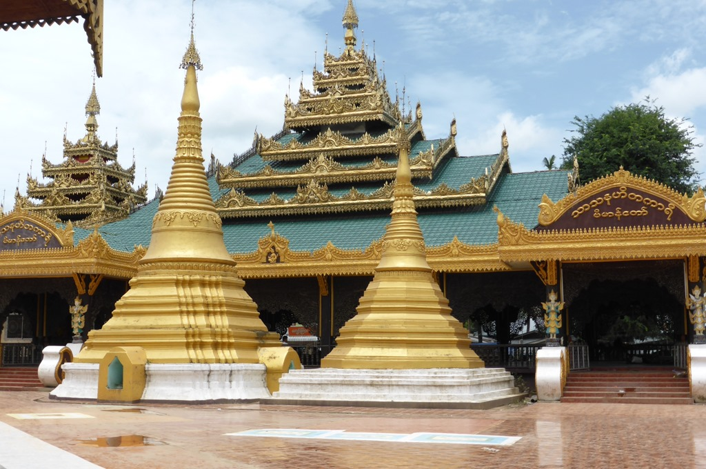 国境の街ミャワディにある寺院