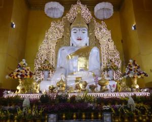 KyaukTawGyeePaya(チャウットヂーパヤー)の仏像