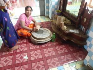 寺院の中にも置いている化粧品タナカ
