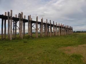 ウーベイン橋