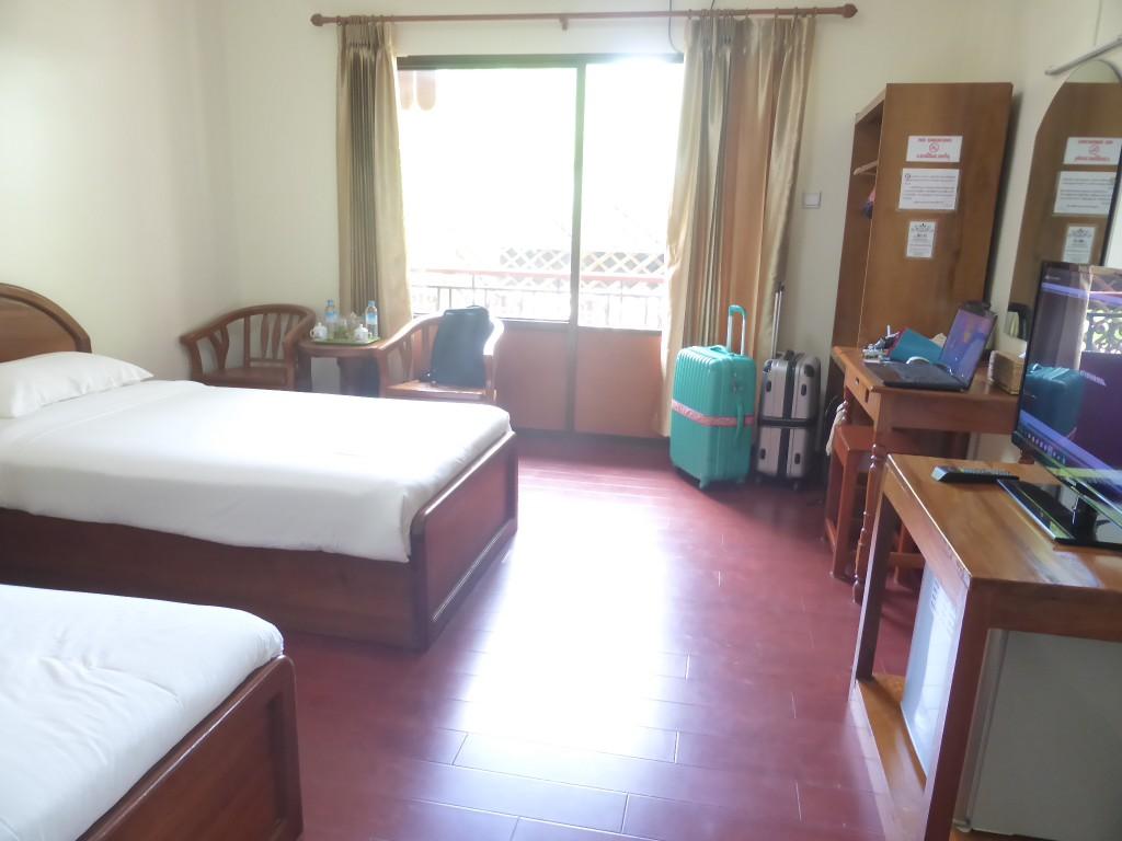 宿泊のホテルゼイン