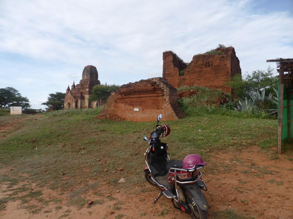 観光には電動自転車(Eバイク)が便利