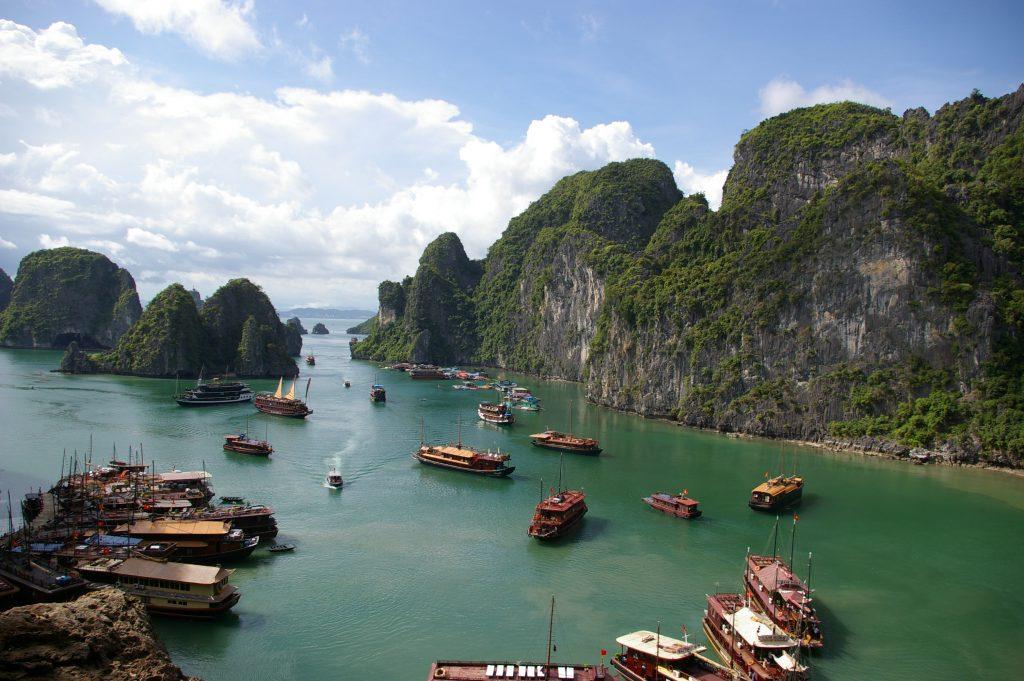 ベトナム世界遺産ハロンベイ