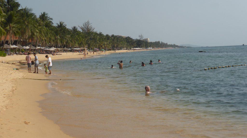20kmも続くフーコック島のロングビーチ(チューンビーチ)