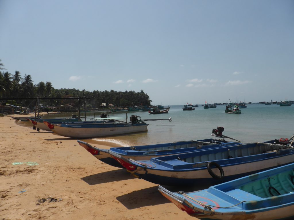 ホン・トム村漁港