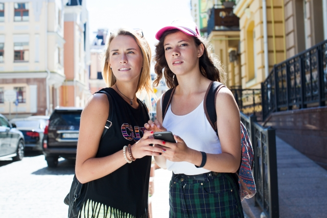 海外旅行で役立つスマホアプリ